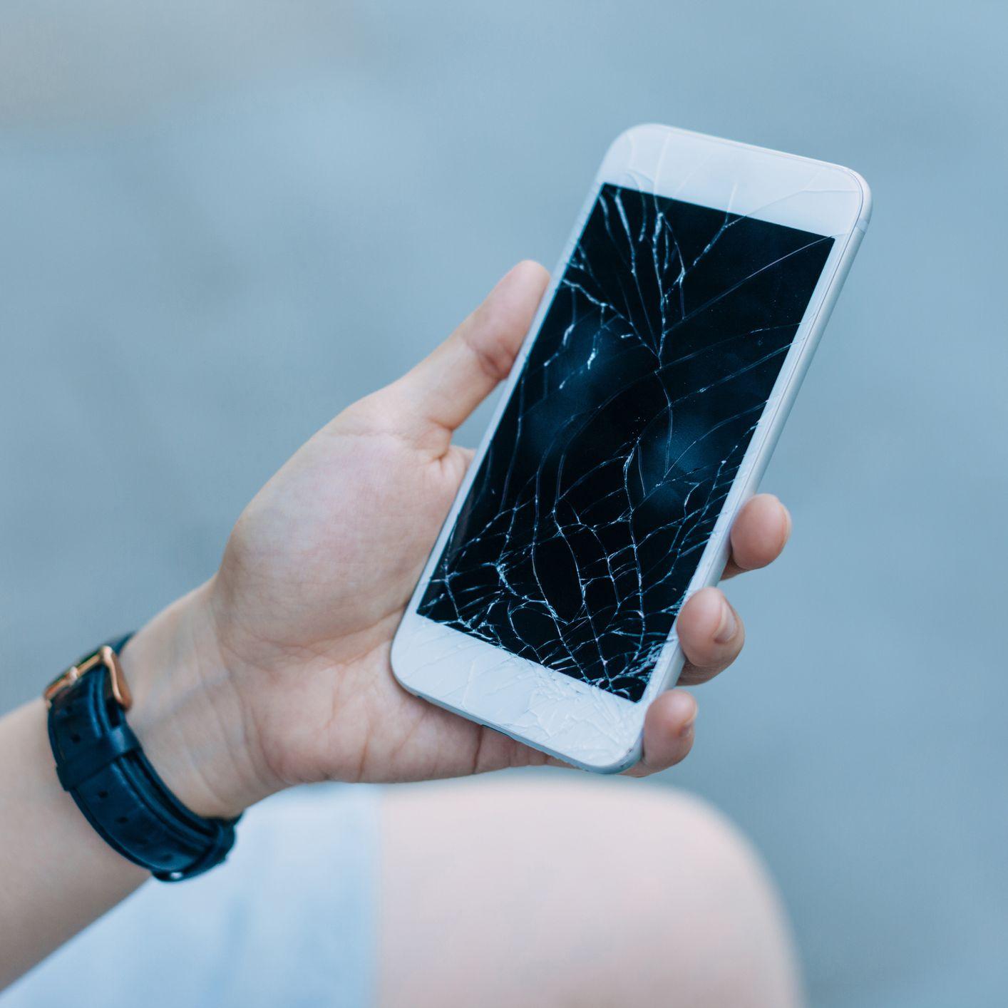 Ask Computer's iPhone Screen Repair Service